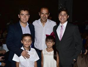 11062018 Gerardo Alfonso Caballero, Gerardo Alfonso, Alan, Deborah e Iván Alejandro Sandoval Soriano.