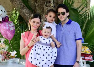 Maru y Ricardo con Ricky y Luz María