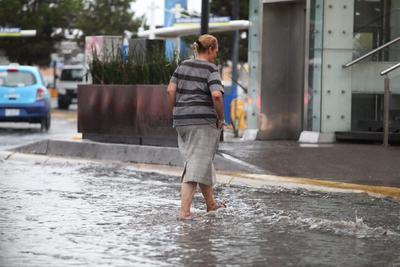 Lluvia genera estragos y afectaciones en Durango