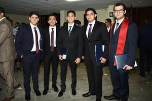 12062018 ENTRE AMIGOS.  Manuel Escajeda, José Manuel Montes, Juan Pablo González, Noé Dávila y Carlos Tadeo.