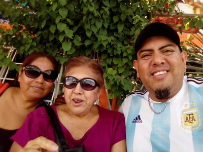 14062018 Yola, Yolanda y Jesús.
