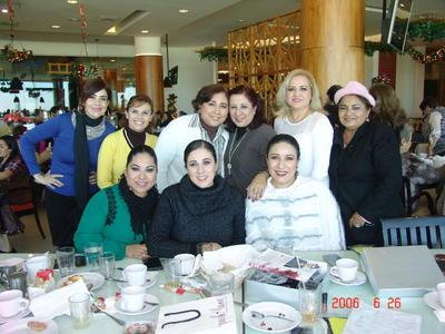 14062018 Angélica, Lucía, Guadalupe, Rita, Laura, Erika, Astrid, Rocío y Marina.