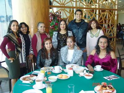 14062018 Johana, Gabriela, Antonio, Sandra, Diana, María de Jesús, Juana María, Karla y Rocío.