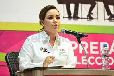 La candidata por el PRI, Verónica Martínez.