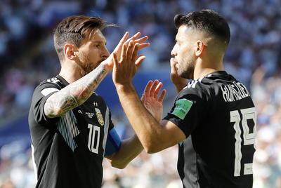 Fue el primer gol de Agüero en un Mundial, después de todos los disparos desaprovechados en Brasil y en Sudáfrica, en 2014 y en 2010.