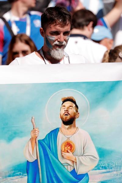El ídolo Messi se hizo presente en pancartas.