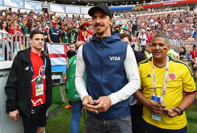 El sueco Zlatan Ibrahimovic estuvo presente en el partido inaugural del grupo F.