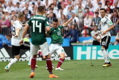 El momento en que Lozano marcó el histórico gol.