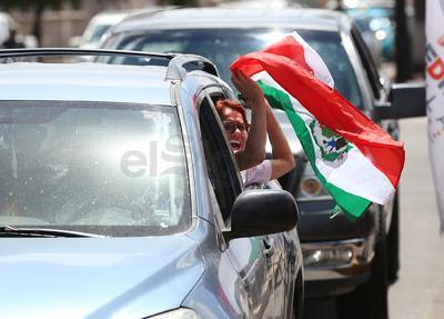 Salieron a las calles a celebrar el 1-0 a favor de México.