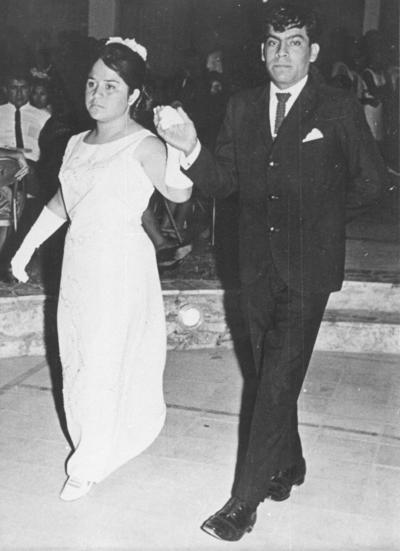 17062018 Celia Castañeda (f) y José Hilario Pérez en su baile de graduación en el Casino Sertoma el 29 de junio de 1969.