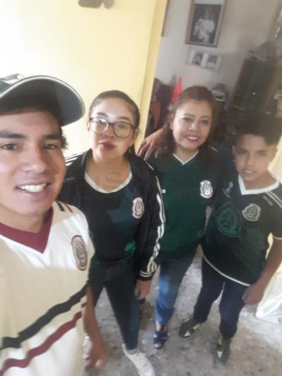 Duranguenses apoyan a la Selección Mexicana
