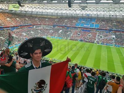 El duranguense Mario López apoyó desde Rusia a México.