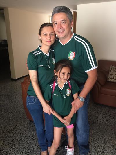 Familia Cárdenas Sandor.