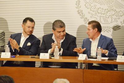 Gobernadores de Coahuila y Durango firmaron un acuerdo con la Secretaría de Gobernación.