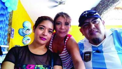 21062018 Carmen, Claudia y Jesús.
