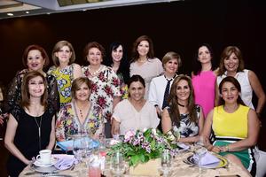 21062018 POSAN PARA LA FOTO.  Integrantes del Club La Rosa.