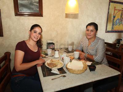 Verónica Ortega y Erika Martos.