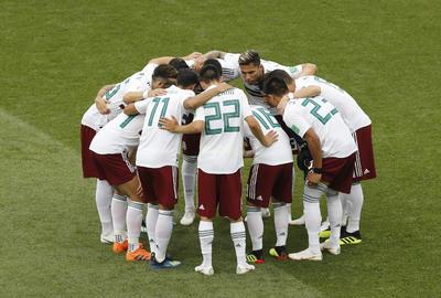 México inició el encuentro concentrado en el triunfo.