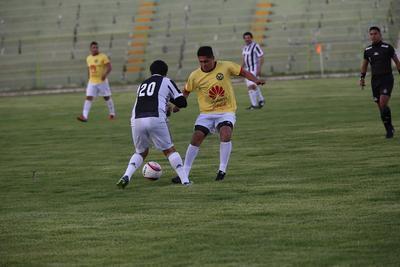 Mientras que por Durango Cornelio Favela y José Enríquez descontaron con un par de goles cada uno.
