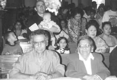 24062018 Juan Reyes Montes y Abundia Martinez González cumpliendo 50 años de casados.