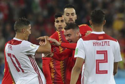 Duros encares tuvieron algunos jugadores españoles con los marroquíes.