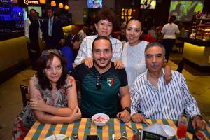 27062018 EN GRATA CONVIVENCIA.  Familia Otero.