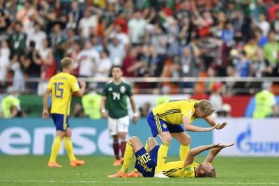 Los suecos se clasifican como primeros de grupo.