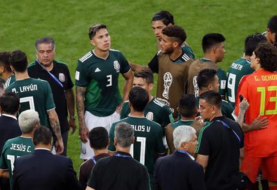 México avanza como segundo lugar del grupo F.