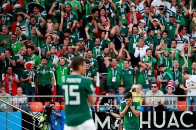 México avanza 'de panzaso' pese a su gran comienzo en el Mundial 2018.