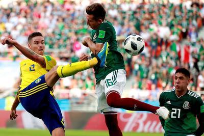La defensiva mexicana tuvo un partido para el olvido.