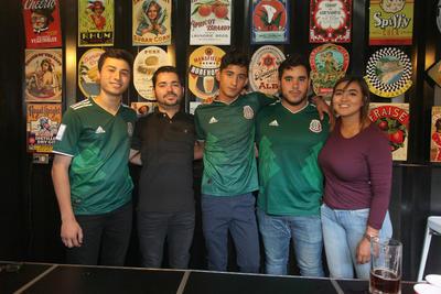 Jael, Alonso, Óscar, Adrián y César.