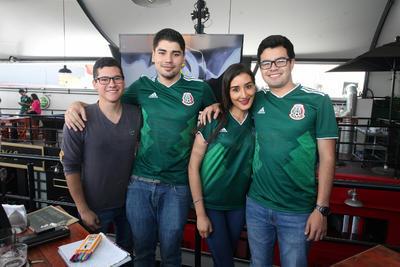 Nestor, Jaciel, Ramón y Fernanda.