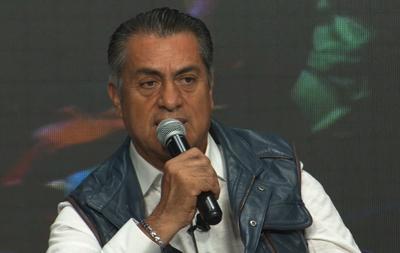 Jaime Rodríguez Calderón, candidato independiente a la Presidencia de la República, aseguró esta noche que el voto es lo único que puede cambiar a México y así resolver los problemas de la población.