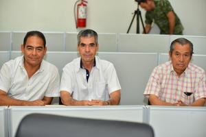 30062018 PRESENTACIóN DE LIBRO.  José Arturo, Humberto García y Evencio.