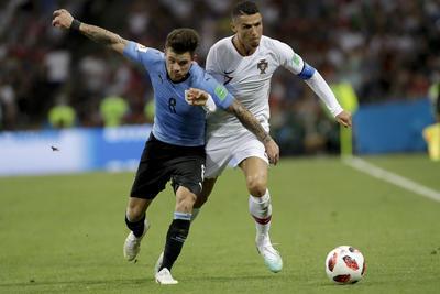 Con una ventaja 2-1, el cuadro de Uruguay venció a Portugal con lo que consiguió su pase a los cuartos de final del Mundial de rusia 2018.