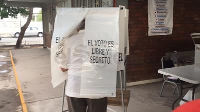 También se vota por los próximos alcaldes, del lado de Coahuila.