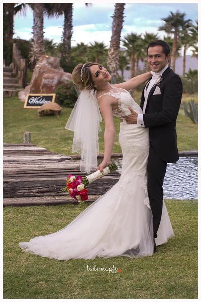 01072018 María Fernanda y José Daniel compartieron su felicidad.