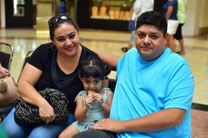 01072018 Ana Luisa, Génesis y Arturo.