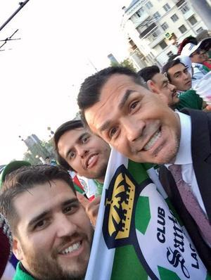 01072018 LA SELFIE DEL RECUERDO.  Juan Manuel y Diego Asúnsolo Ramírez con Jared Borgetti.