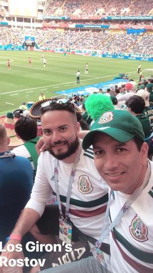 01072018 EN EL MUNDIAL.  Freddy y Carlos.