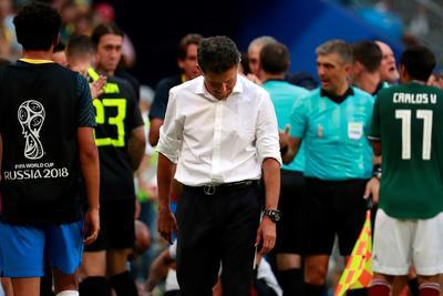 Juan Carlos Osorio entra en la lista de técnicos que no han podido pasar del cuarto partido con México.