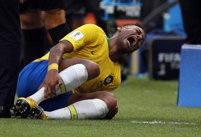 Neymar visitó recurrentemente el césped de Samara.