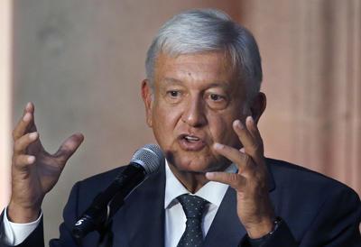 """El ganador de los comicios agradeció a Peña Nieto que """"haya actuado de manera respetuosa"""" durante el proceso electoral y afirmó que """"en general fueron unas elecciones libres y limpias""""."""