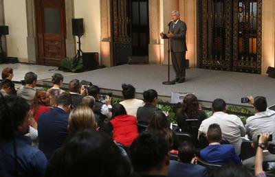 Al finalizar el encuentro, López Obrador dio una rueda de prensa donde detalló lo abordado en la reunión.