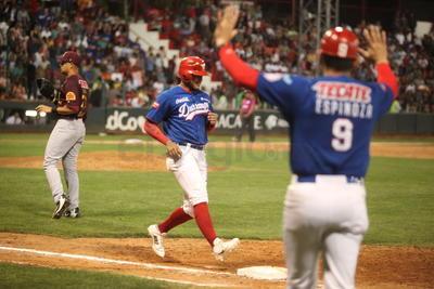 El recién llegado Luis Alfonso García respondió al impulsar la única carrera.