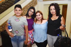 04072018 Jorge, Azul, Susy y Olivia.