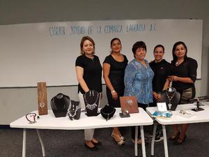04072018 Silvia Aragón, Alejandra Barajas, Rosa Mora, Annaid Hernández y Lilia Nevárez.