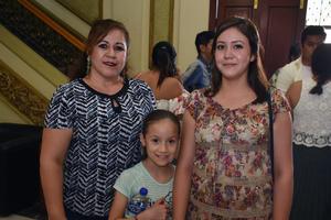 04072018 Aracely, Shamira y Aracely.