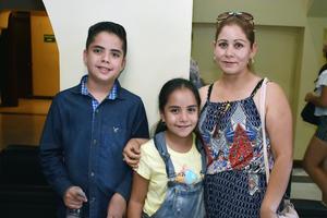 04072018 Luis Eduardo, Yoseline y Juanis.