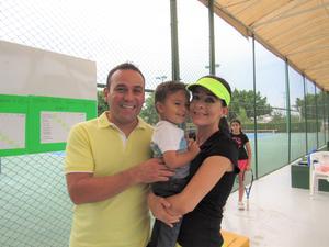 04072018 Juan Carlos, Santiago e Iliana.